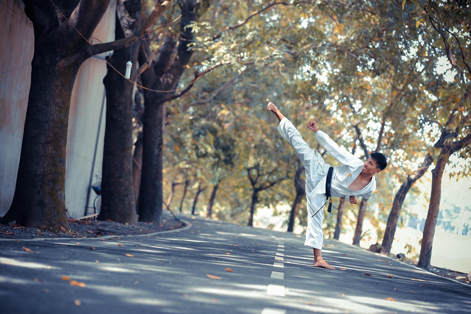 28153764797 88b9e87e8f h - Chụp ảnh cưới võ thuật ở Sài Gòn