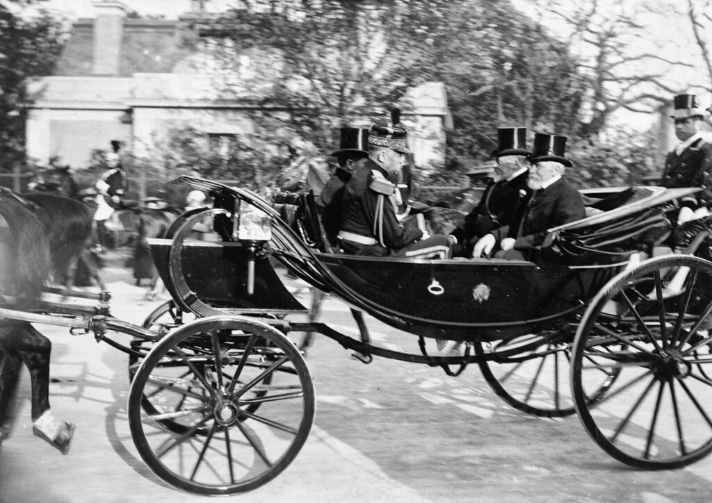 The King's carriage leaving Longchamps with French Prime Minister Loubet and British King Edward VII, 1903.