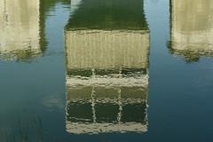 Concrete reflection - Photo of Livry-sur-Seine