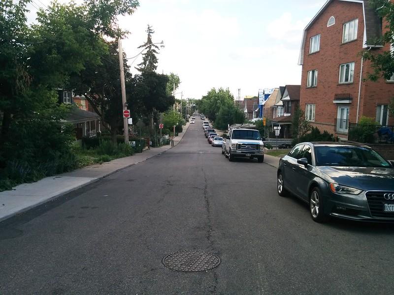 Looking south down Bartlett Avenue North #toronto #davenport #bartlettavenue #davenportroad
