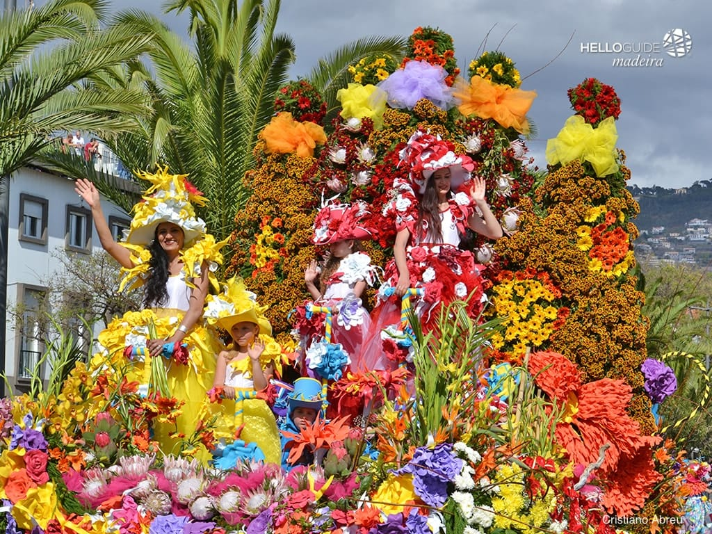 Фестиваль цветов на острове Мадейра. Festa da Flor.