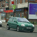 Y302 XSM - Renault Clio @ Heaton