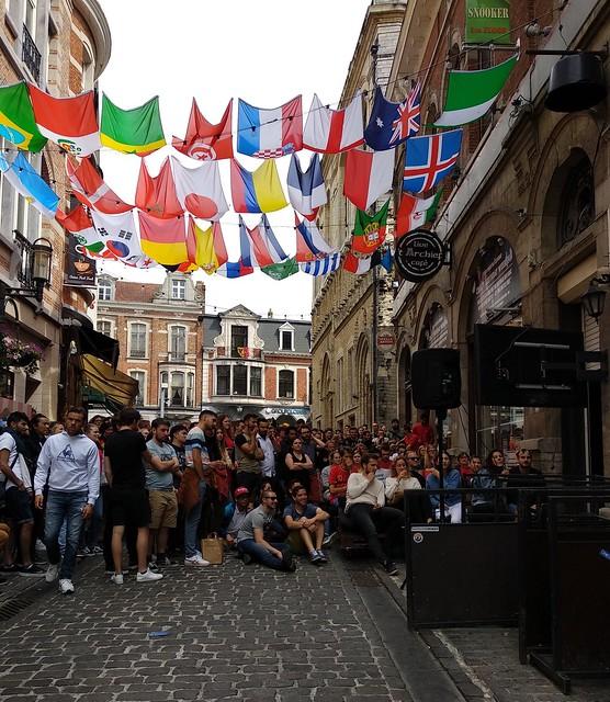Calle lateral de Oude Markt  - 41406141940 d21b1e28e5 z - Ver el mundial en Oude Markt