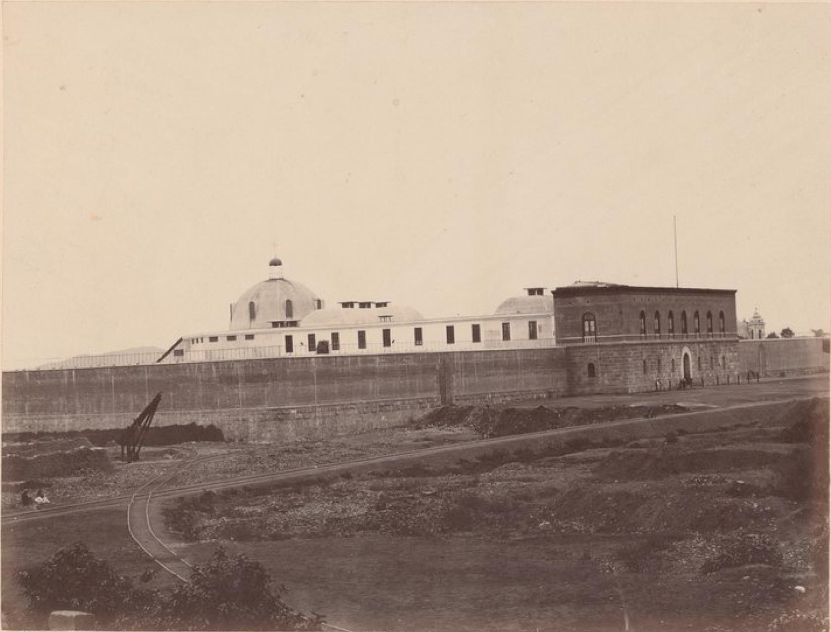 Лима. Тюрьма