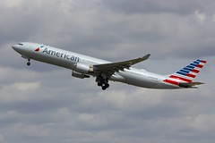 A330 N275AY London Heathrow 15.06.18