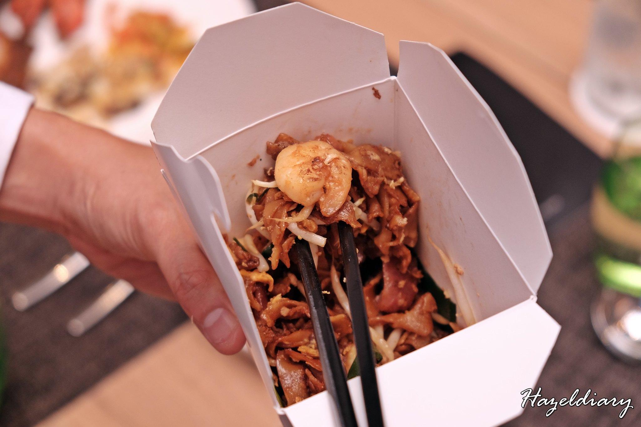 Penang Food Fare Buffet-Sky22 Courtyard Marriott-Penang Char Kuey Teow
