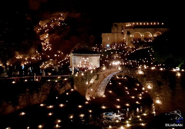 Tobera a la luz de las velas 1