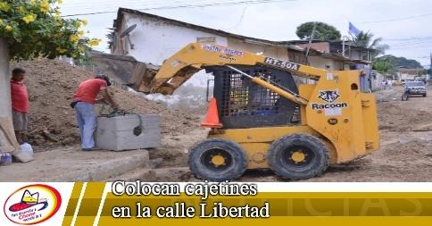 Colocan cajetines en la calle Libertad