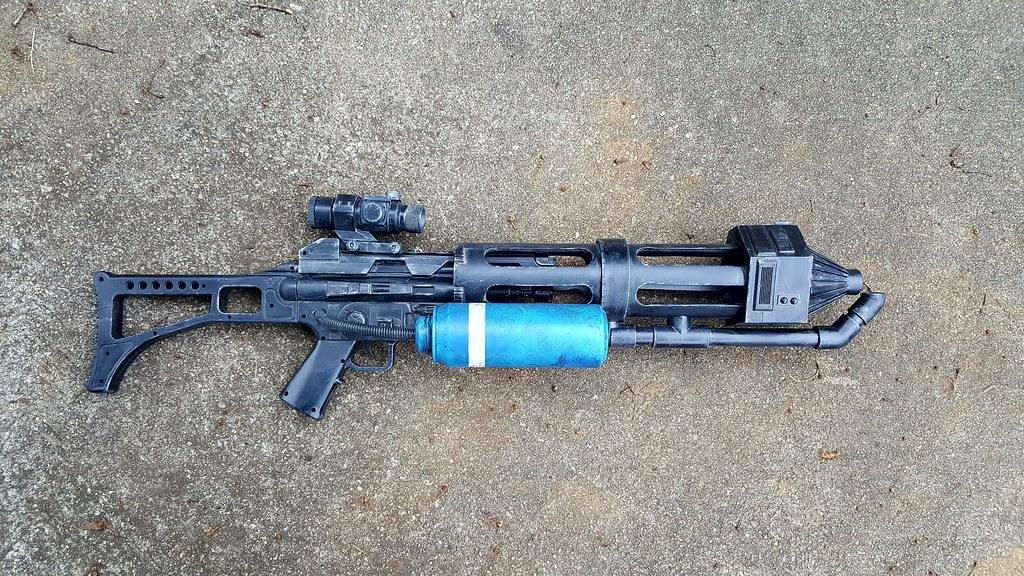 Incinerator trooper flamethrower build