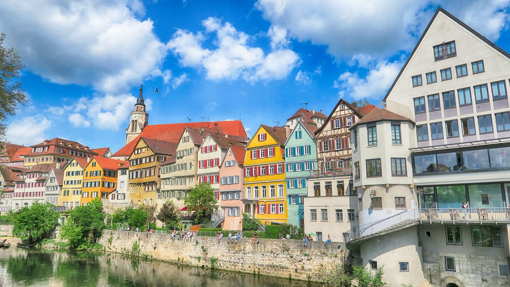 【2018德國自由行】圖賓根-徜徉在德南的絕美大學城,河流、彩色、市集令人放鬆自在的小鎮!
