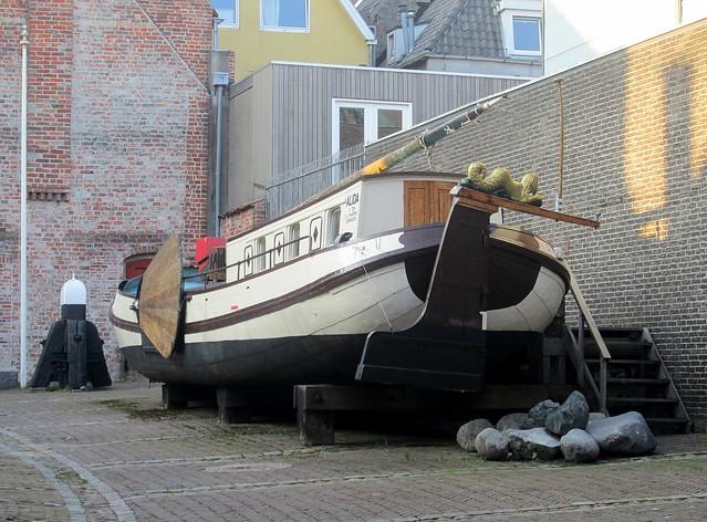 Boat in a Courtyard, Groningen