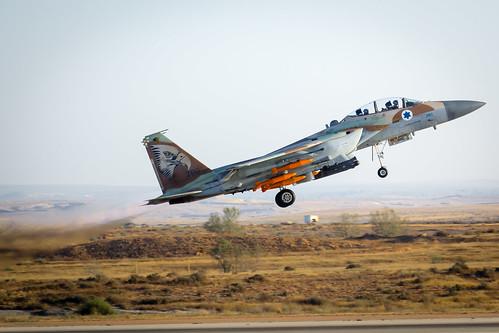 176 269 69squadron aircraft boeing f15i flightacademy hatzerim israeliairforce raam thunder graduation pilot ranks ezorbesor southdistrict israel