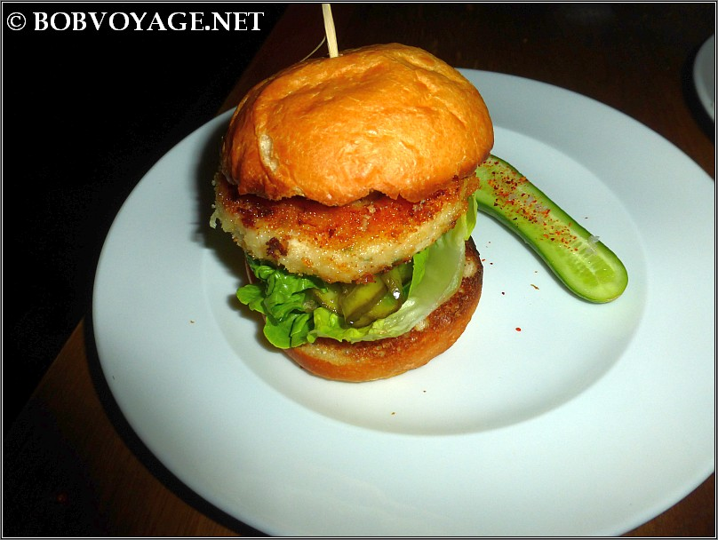 המבורגר סקאלופ ב- קפה נורדוי (cafe nordoy)
