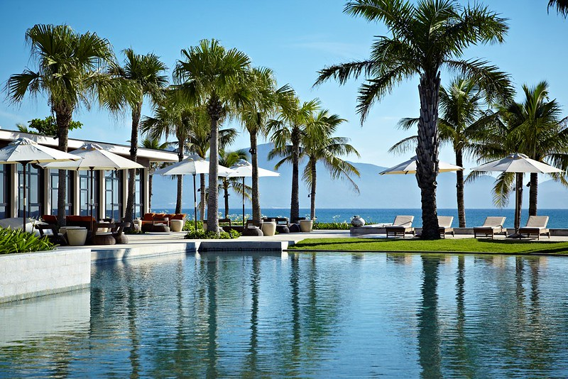 Hyatt-Regency-Danang-Resort-and-Spa-Main-Pool-1