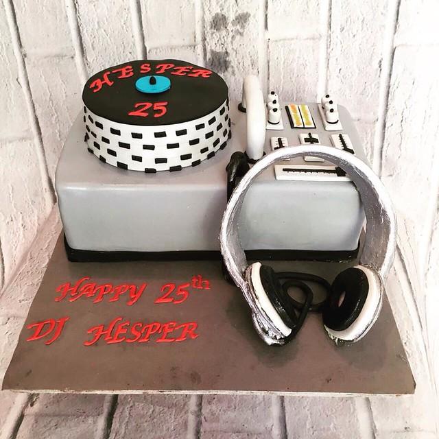 DJ Cake by Ms.K's Cupcakes & Cakes