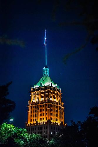 Light up the Skyline