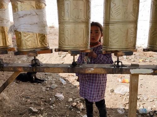 西藏可愛的小女孩