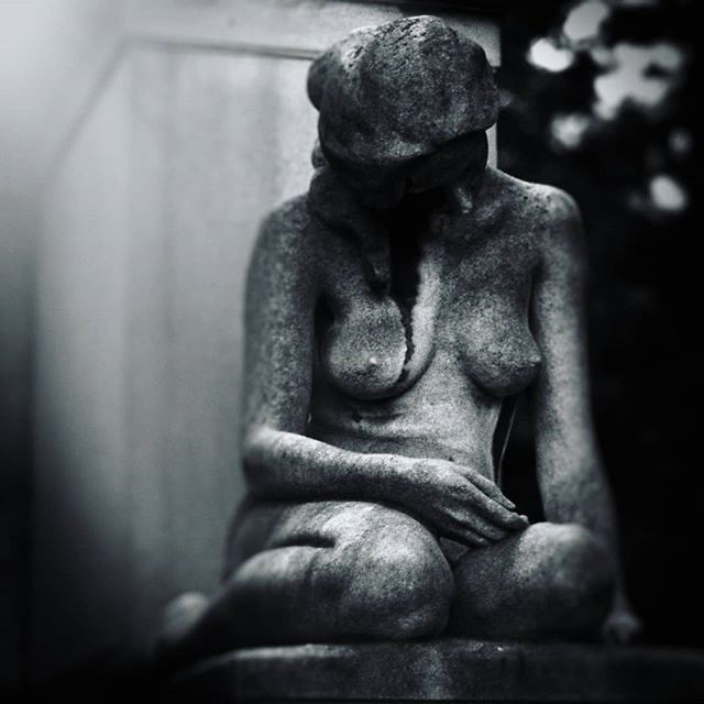 Statue #naked #statue #sadness #cemetery #blackandwhite #gray #white #black #shadow #light #sad #cry #tomb #igers #igersitalia #Milano #cimiteromonumentale #death #life #body #igersmilano #photooftheday #picoftheday #cry #sadness