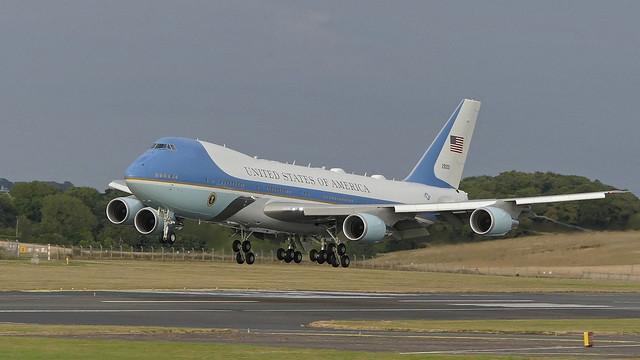 President Trump - Boeing, Panasonic DMC-FZ330