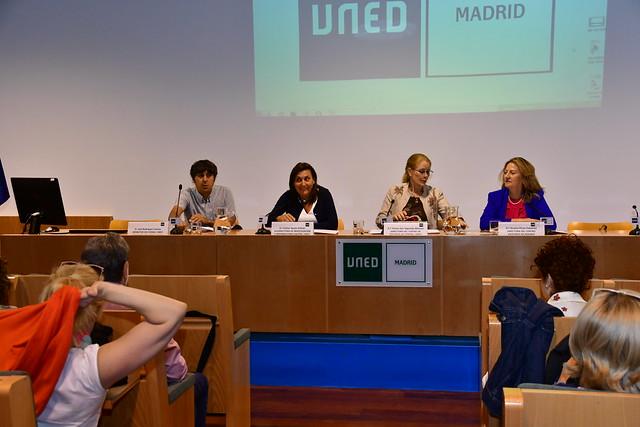 """Proyección del documental """"Movimientos sociales y mujeres en Madrid. Una aproximación histórica"""" (14/06/18)"""