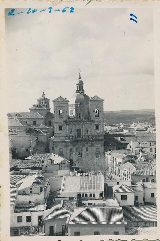 Iglesia de San Ildefonso en 1962. Fotografía de Julián C.T.