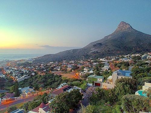 #lionsheadmountain #africa #southafrica #sunset #mountain #DJI #DJISpark #Spark #Drone #SparkDrone #SparkDJI #DJISparkDrone #aerial #droneview #fromabove #dronestagram #dronefan #jamiepryerphotography #photography @dji @djiglobal @djispark