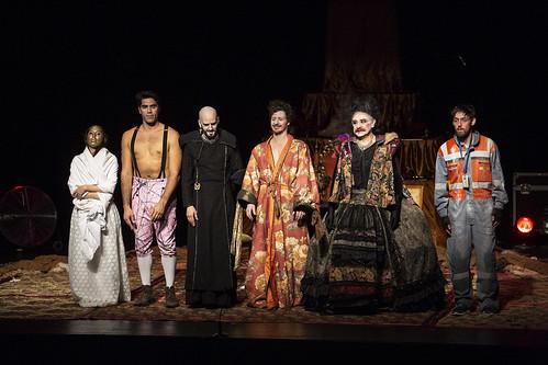 "TIT 2018: Obra: ""Inútiles"" de la Cía. Teatro Sur"