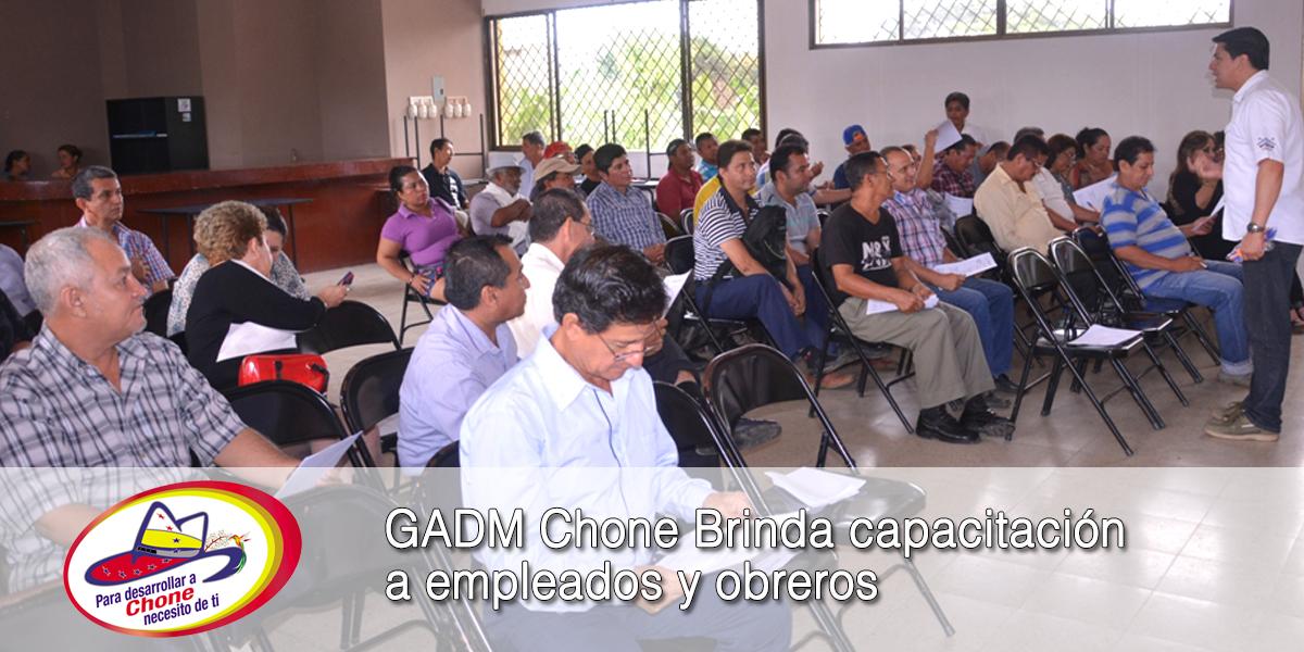 GADM Chone Brinda capacitación a empleados y obreros