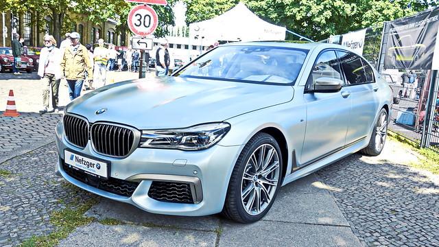 BMW M760Li (G12)