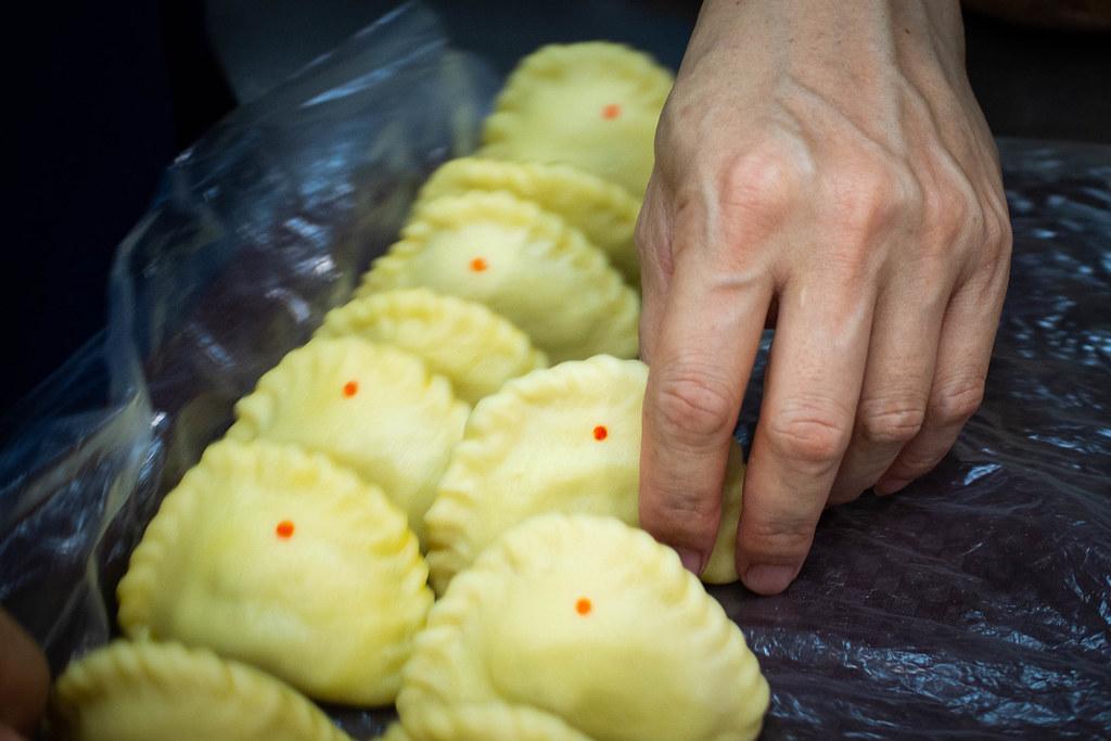 罗丽娜传统海南咖喱泡芙咖喱泡芙1