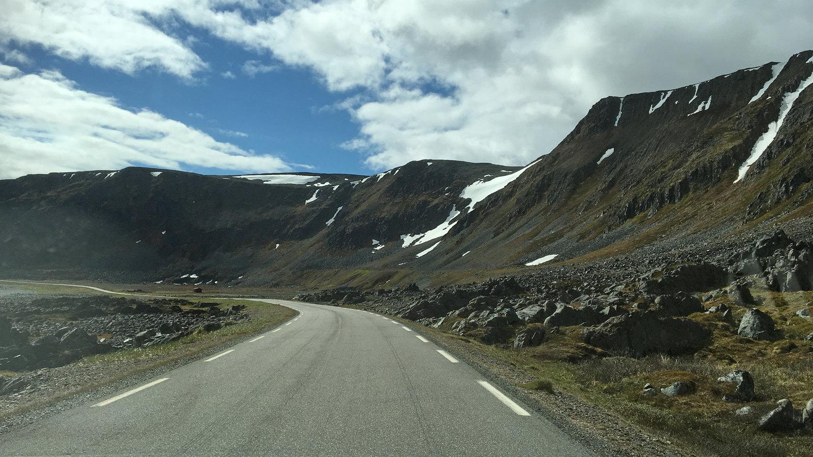Road from Hamningberg