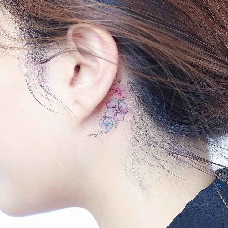Tattoo Designs Behind Ear: Flower Tattoos : Small Flowers Tattoo Behind The Ear