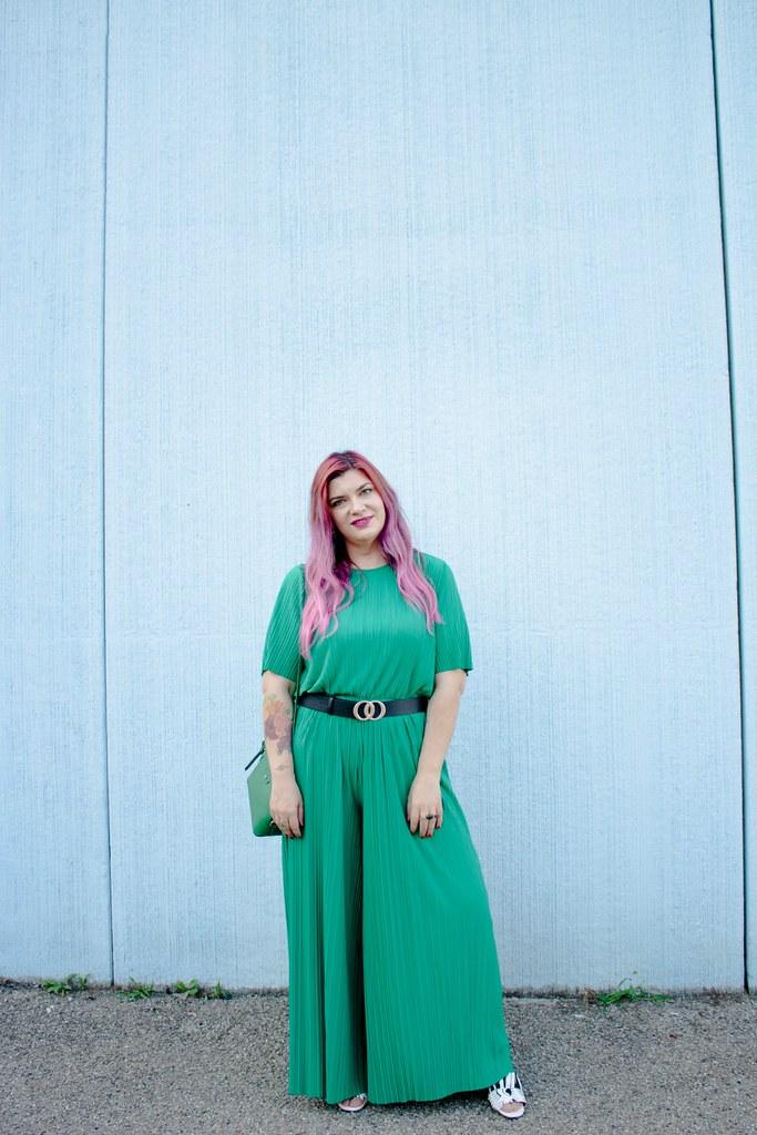 Outfit plus size tuta monki verde e blaze bianco (8)
