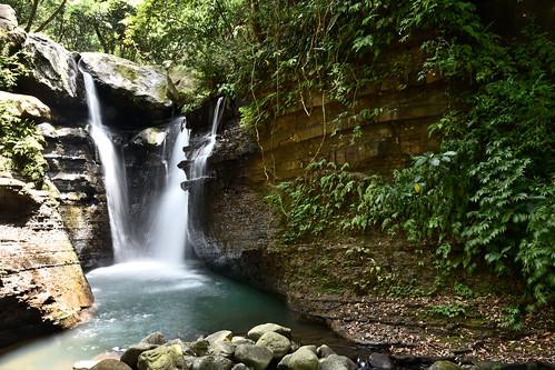 天溪園瀑布