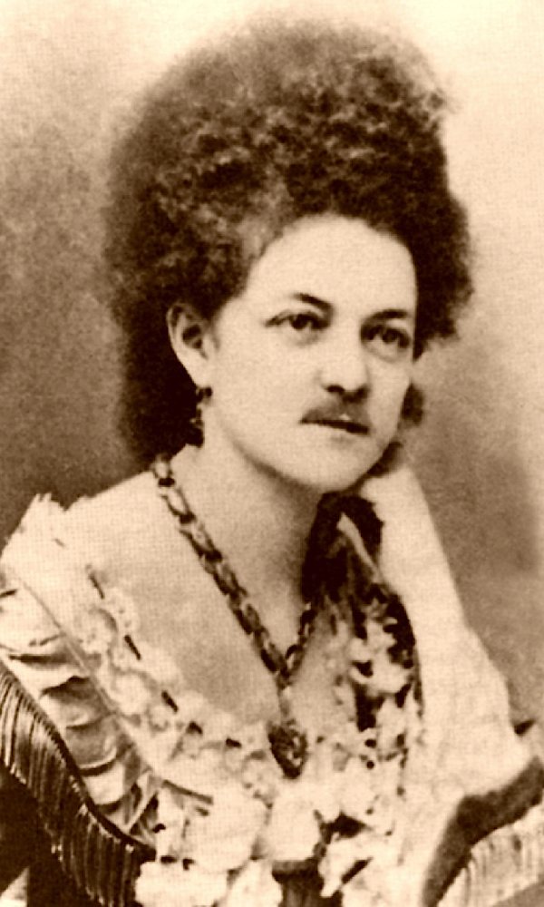 Eleanor-Dumont-Madame-Moustache