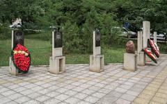 Фалешты, мемориальный комплекс афганцам, чернобыльцам и погибшим на Днестре / Comlexul memorial din Falesti / Memorial complex in Falesti