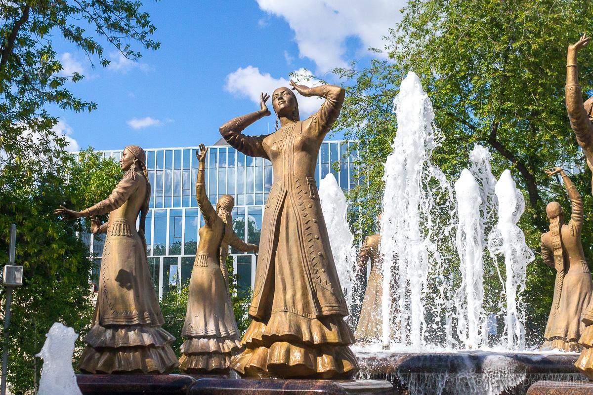 фонтан Семь девушек Уфа фото 2