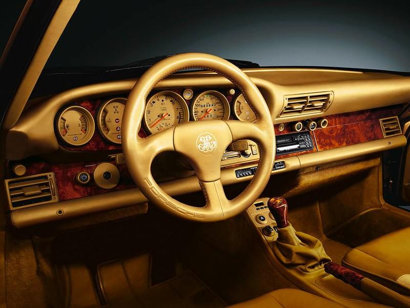 450 CAVALLI IN IPER LUSSO. Trattamento Exclusive per la Porsche 959. Ruoteclassiche