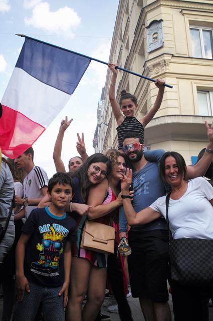 18g15 Francia campeona del mundo fútbol_0226 variante Uti 425