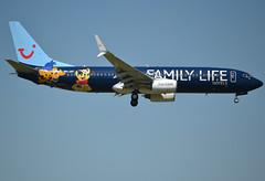 OO-JAF Boeing 737-8K5(WL) 35133-2313 TUI Airlines Belgium Family Life