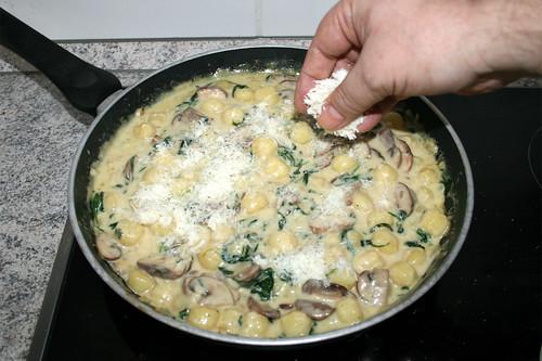 41 - Käse einstreuen / Intersperse cheese
