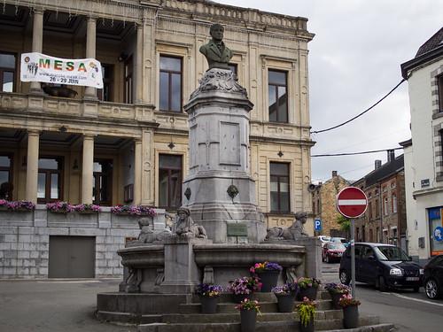 Monument voor P.J. Redouté