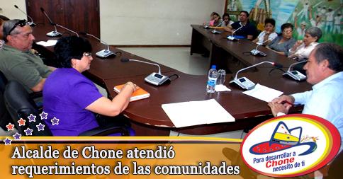 Alcalde de Chone atendió requerimientos de las comunidades