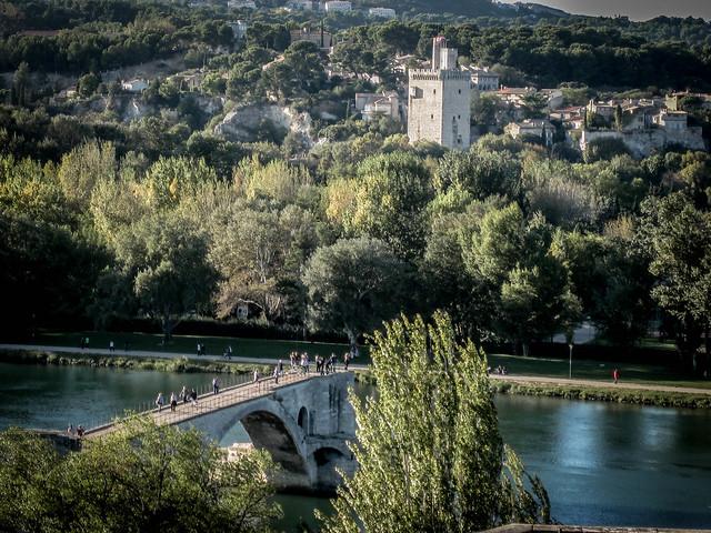 Le Pont D' Avignon