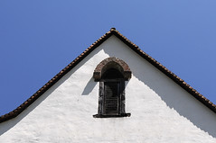 gable window