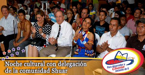 Noche cultural con delegación de la comunidad Shuar