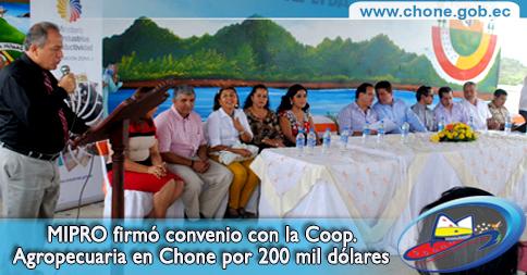 MIPRO firmó convenio con la Coop. Agropecuaria en Chone por 200 mil dólares