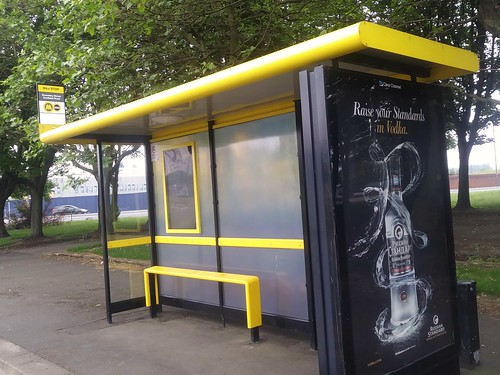 Bus shelter, Boundary Street, with yellow accents, Merseytravel, Liverpool
