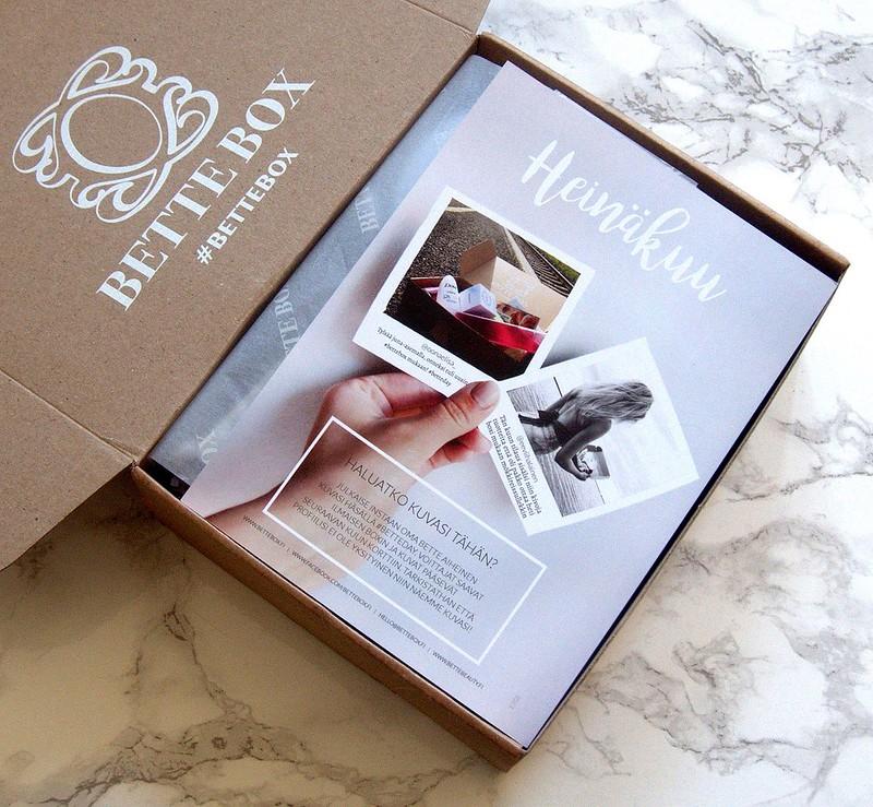 Heinäkuun Bette Box