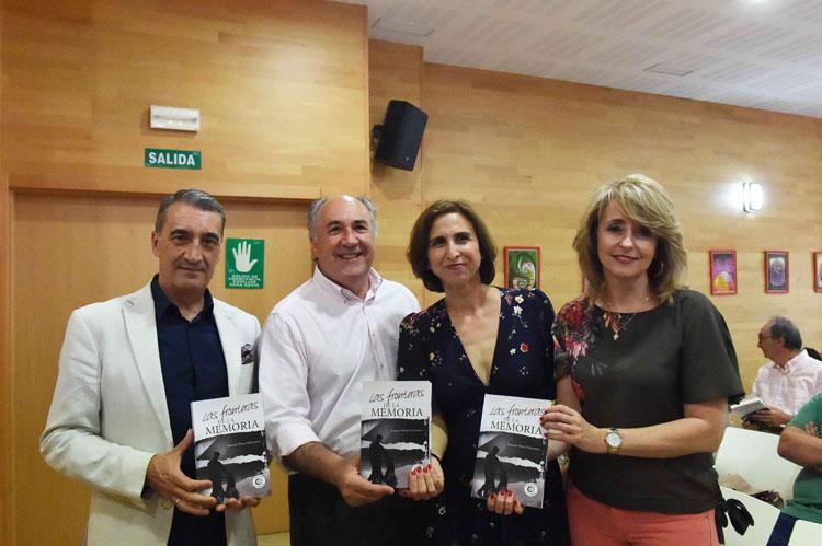 PRESENTACIÓN LIBRO LAS FRONTERAS DE LA MEMORIA DE LA PERIODISTA Y ESCRITORA ROSARIO PÉREZ2